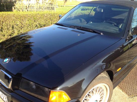 Dieses hübsche Cabrio wollte unser Kunde eigentlich für sich, doch dann hat er ihn doch gleich wieder verkauft. Zum Doppelten Preis als er ihn gekauft hatte.